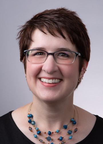 Dr. Amanda Lohiser