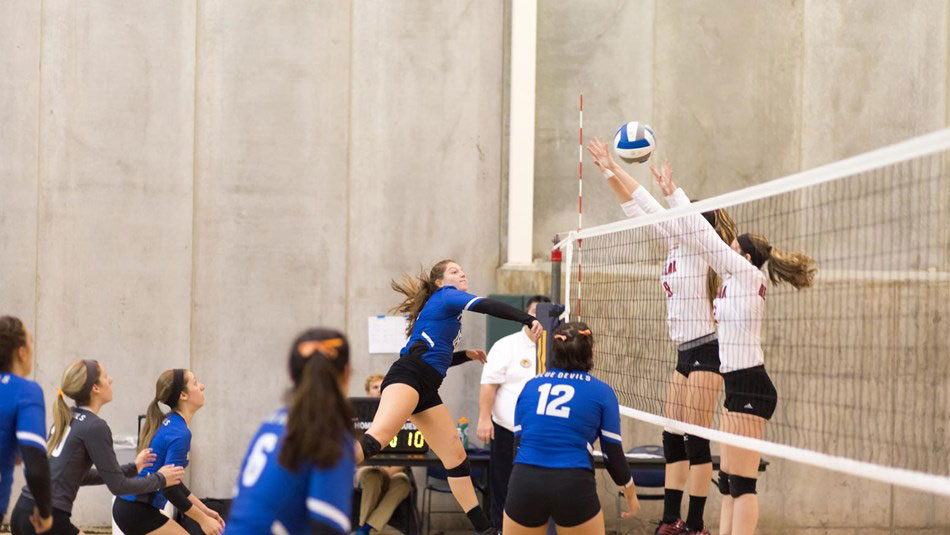 Strong showing in Pool Play | Fredonia edu