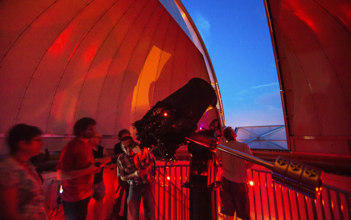 Public Observatory session at the Fredonia Science Center.