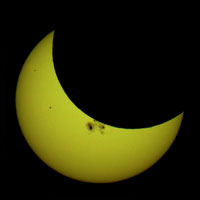 partial-eclipse-for-web-by-Tom-Ruen